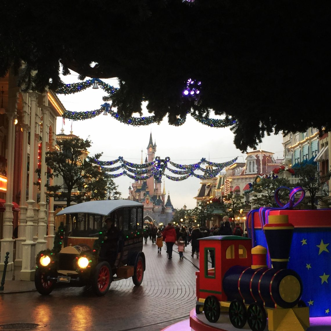 Disneyland Paris Enchanted Christmas