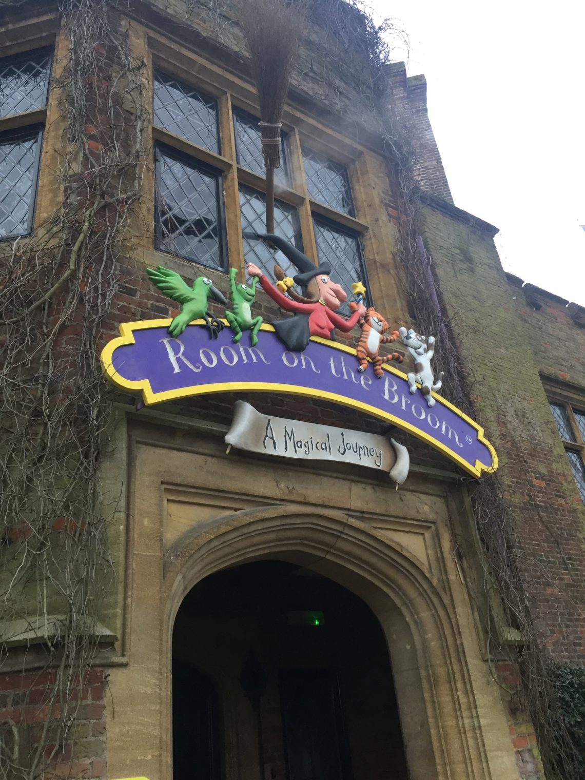 Room On The Broom – Chessington World of Adventures